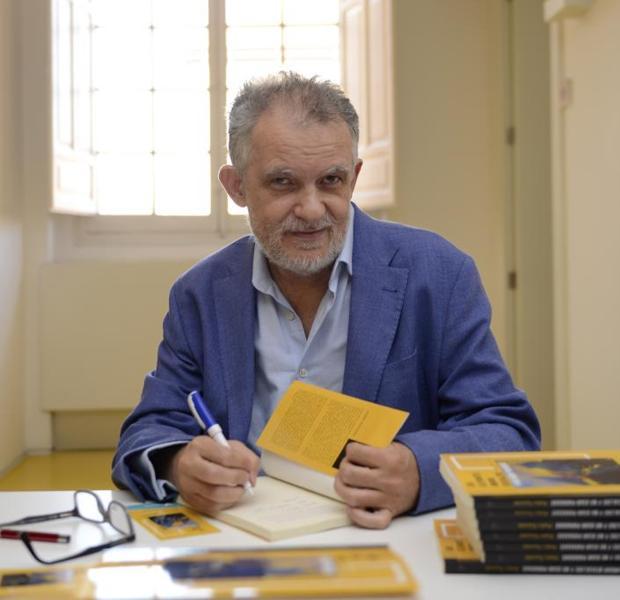 Pedro Touceda, durante la presentación de su novela este miércoles 26 de junio