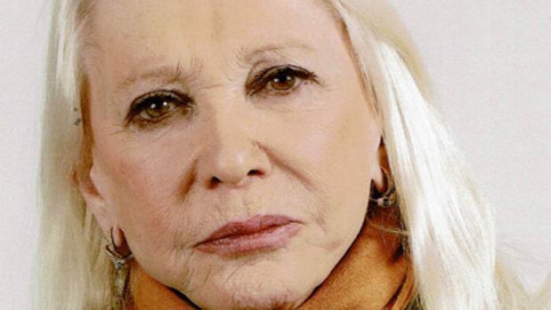 La escritora Carmen de Icaza Zabálburu
