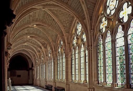 El claustro alto de la catedral de Burgos