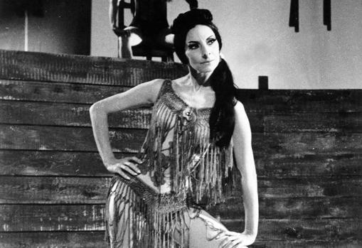 Alicia Alonso, en «Carmen», coreografía de Alberto Alonso