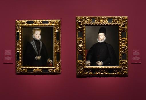 """Dos de las cuatro obras de Anguissola que atesora el Prado. A la izquierda, """"La reina Ana de Austria"""". A la derecha, """"Felipe II"""""""