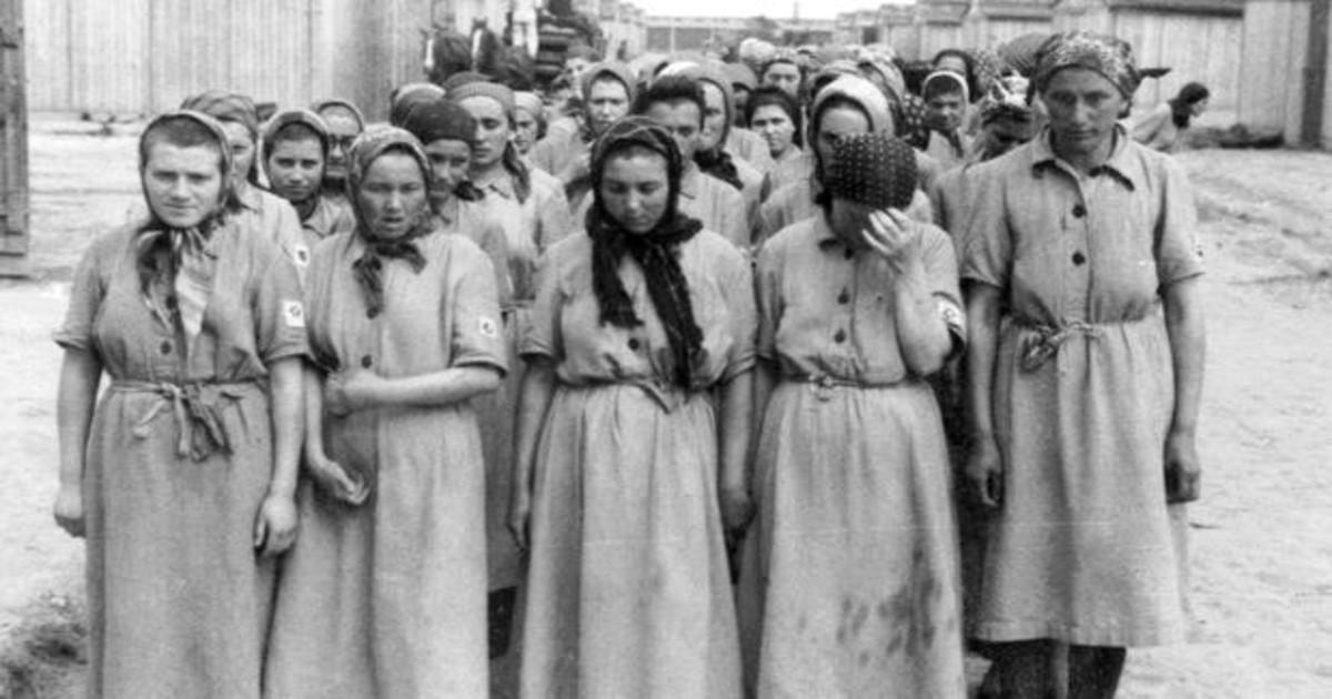 menstruación en campos de concentración