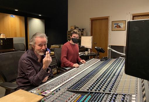 Browne y Kevin Smith en el estudio