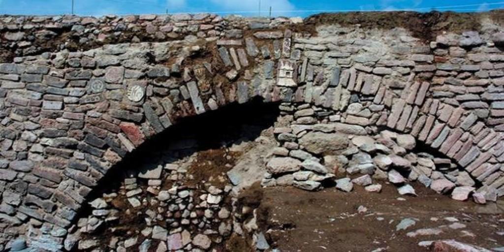México volverá a enterrar un túnel azteca construido por el emperador Moctezuma a causa de la pandemia