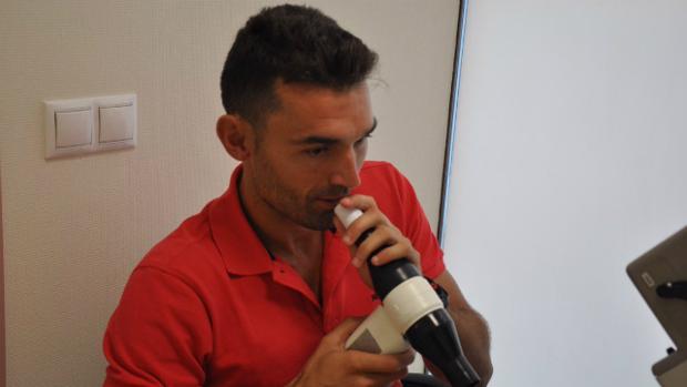 David Barral, en el reconocimiento médico con el Cádiz