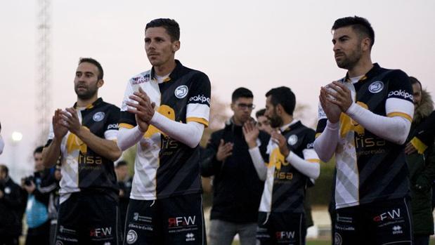 Varios jugadores del Unionistas de Salamanca durante un partido de esta temporada