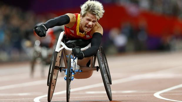 Vervoort, tras lograr la medalla de oro en los Juegos Paralímpicos de Londres 2012
