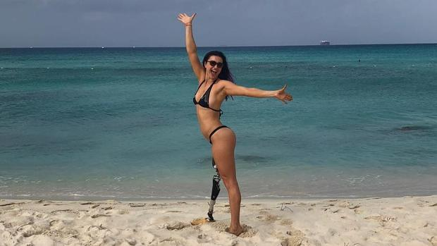 Brenna Huckaby, en una de sus fotos en la playa