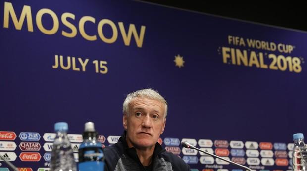 Didier Deschamps en la rueda de prensa previa a la final del Mundial de Rusia , entre Francia y Croacia