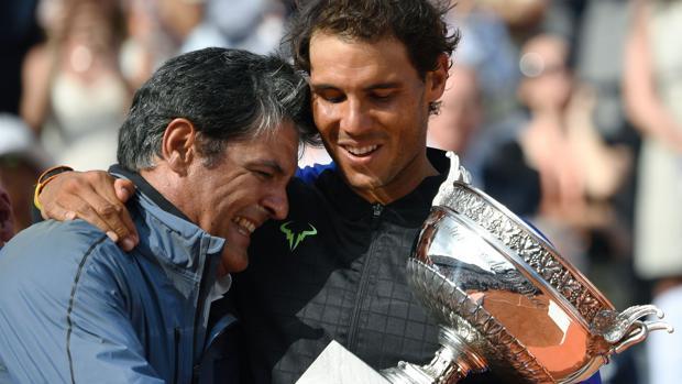 Toni y Rafa Nadal, en Roland Garros 2017