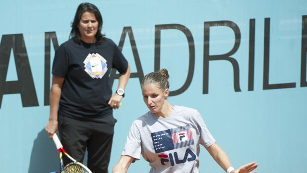 Karolina Pliskova, con su entrenadora, Conchita Martínez