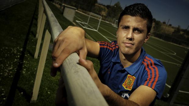 Rodrigo, en la concentración de la selección en Las Rozas