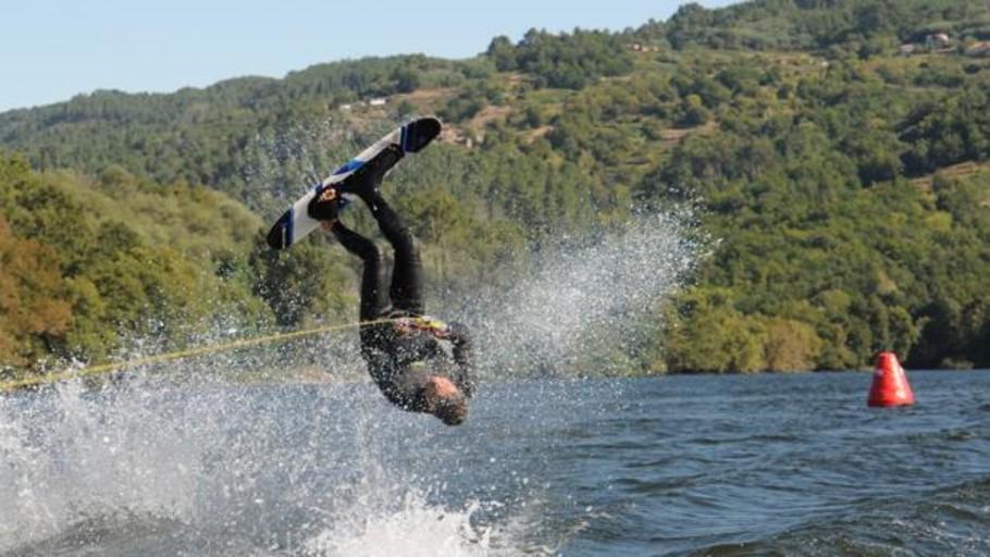 Galicia y Castilla y León copan las medallas del Gallego de esquí náutico