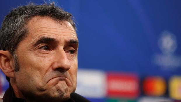 Valverde responde a las preguntas de la prensa en Dortmund