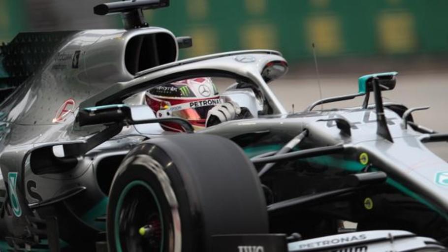 Hamilton reclama el mando y Sainz ilusiona