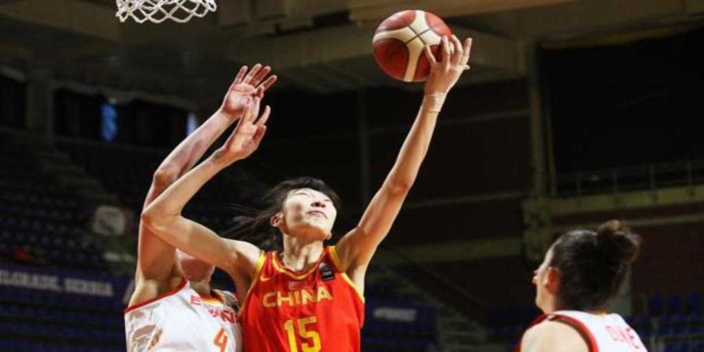 España aplaza su clasificación olímpica ante una China gigante