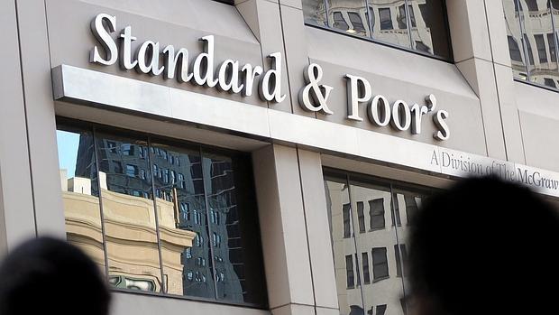 S&P ve improbable que el terrorismo afecte a los rating soberanos
