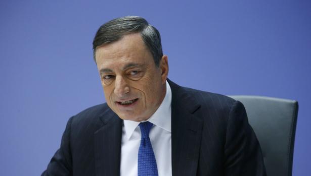 Mario Draghi está dispuesto a adquirir mensualmente entre 5.000 y 10.000 millones de euros de deuda corporativa