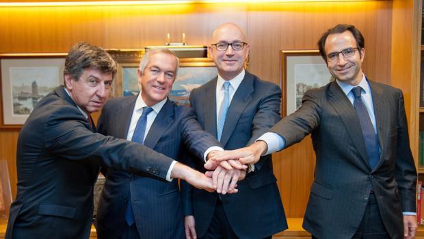 Gabriel Alonso (Banco Santander), Joaquín Arenas (Bank of America), Jesús Nuño de la Rosa (El Corte Inglés) y Oalf Díaz-Pintado (Goldman Sachs)