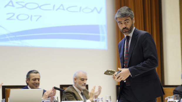 Luis Enríquez, CEO de Vocento, en la entrega del premio Icade
