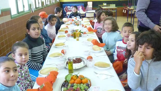 Comedores escolares, menús de garantías con guarnición de ...