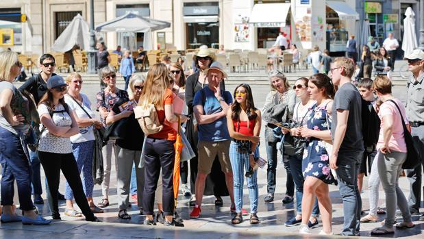 Turistas en el centro de Valencia