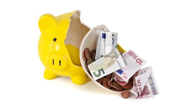 El patrimonio que los españoles tenían invertido en seguros y fondos de pensiones, aumentó en julio hasta 36.500 millones de euros
