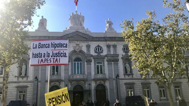 El TUE da solución a una de las cuestiones elevadas por el propio Tribunal Supremo y el juzgado de Primera Instancia número 1 de Barcelona