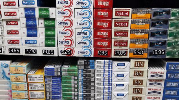Las autoridades han multado con 15,3 millones de euros a Philip Morris, con 11,4 millones a Altadis y con 10 millones a JTI,
