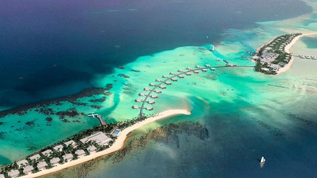 El complejo hotelero en el Atolón Dhaalu de las Islas Maldivas
