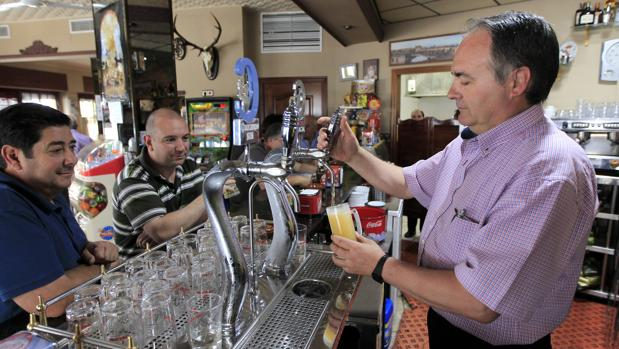 El 67% de la cerveza consumida en 2018 se hizo en un bar o restaurante