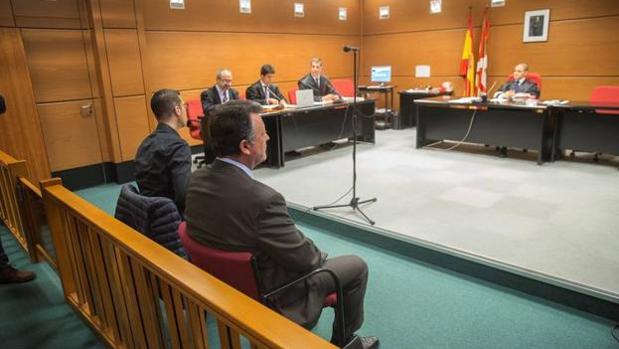 Emilio Titos, durante el juicio en el juzgado de Vitoria