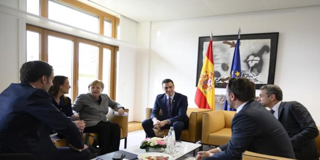 Sánchez se aferra a los «coronabonos» ante el descontrol de la crisis