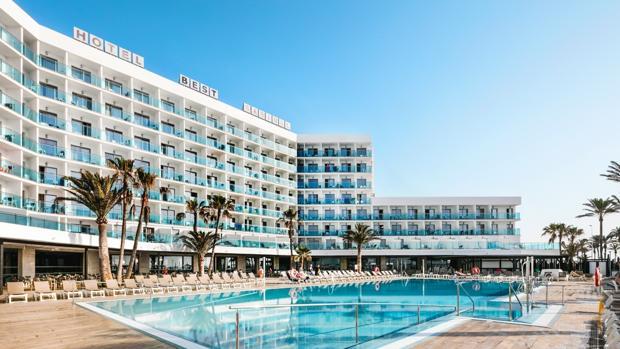 piscina-hotel-k3xD--620x349@abc.jpg