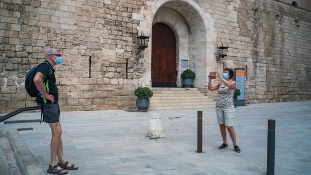 El turismo no reacciona y el sector mantiene en ERTE a casi un millón de ocupados