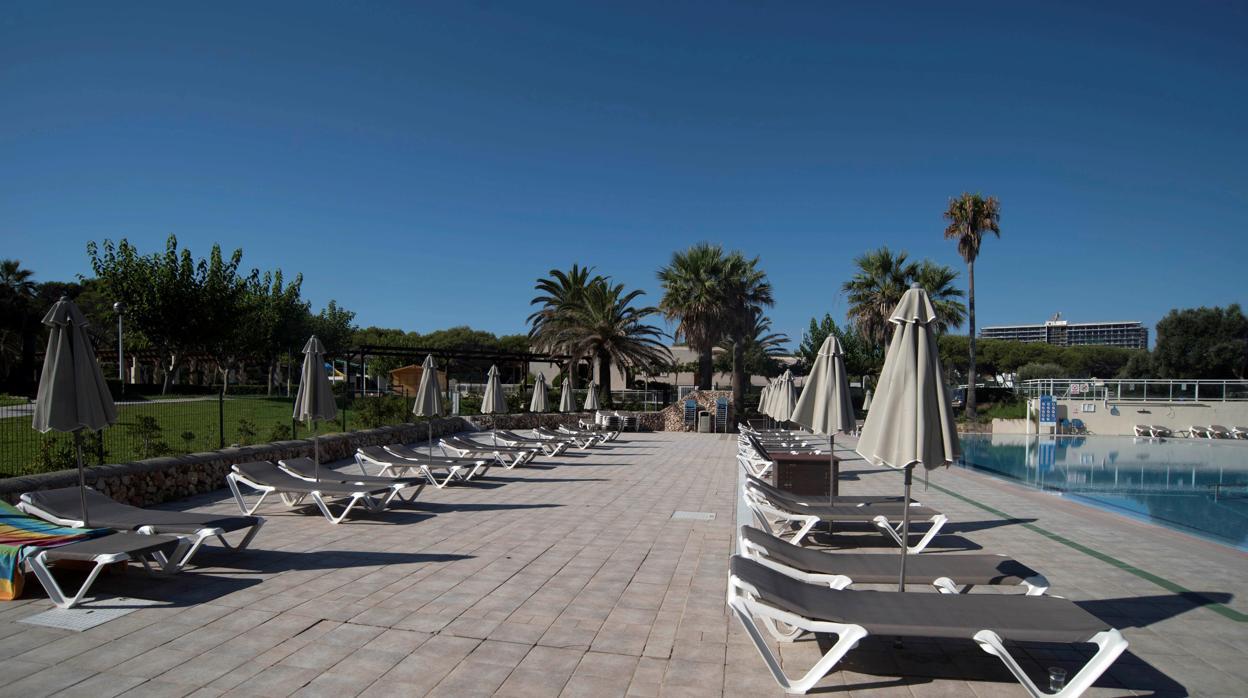 El turismo aglutina casi el 50% de los ERTE en plena temporada alta
