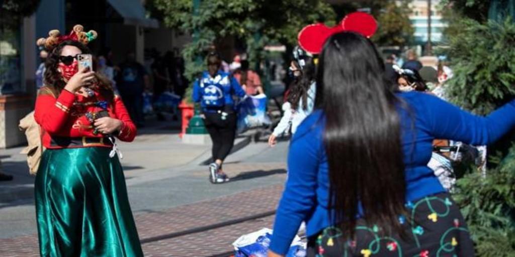 Disney amplía a 32.000 personas la cifra total de despidos por la crisis del coronaviurs