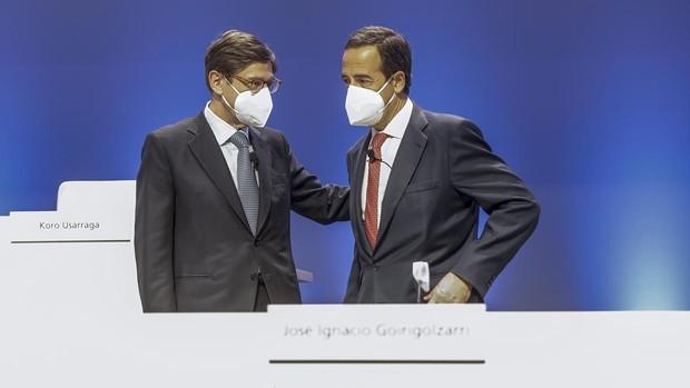 El Gobierno fuerza al FROB a votar contra los sueldos de los directivos de Caixabank