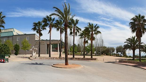 Exterior del pabellón de Buñol, donde sucedieron los hechos