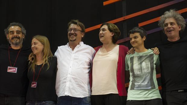 Ada Colau y Xavier Domènche, tras las elecciones del pasado mes de junio