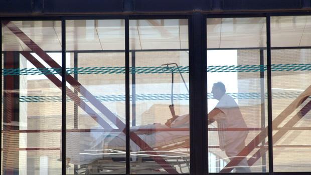 Los dos mayores hospitales de Aragón, el Clínico y el Miguel Servet, entre los más colapsados
