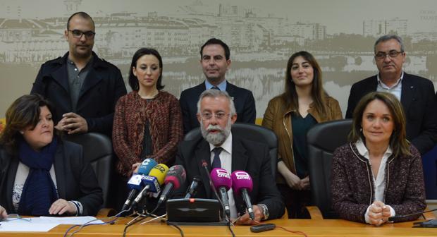 El alcalde talaverano da a conocer los premios de la ciudad