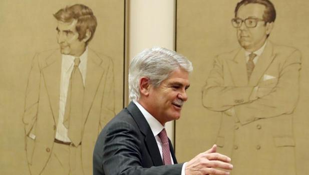 El ministro de Exteriores, Añfonso Dastis, en el Congreso de los Diputados
