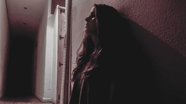 Marta Fuenar da vida a Ana, una joven de 15 años