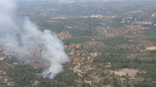 Imagen del incendio forestal declarado en Turís