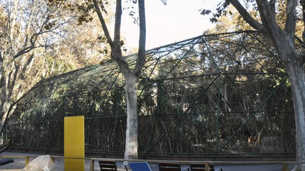 Una de las instalaciones para pájaros del Zoo