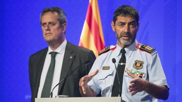Trapero, junto al consejero de Interior, Joaquim Forn