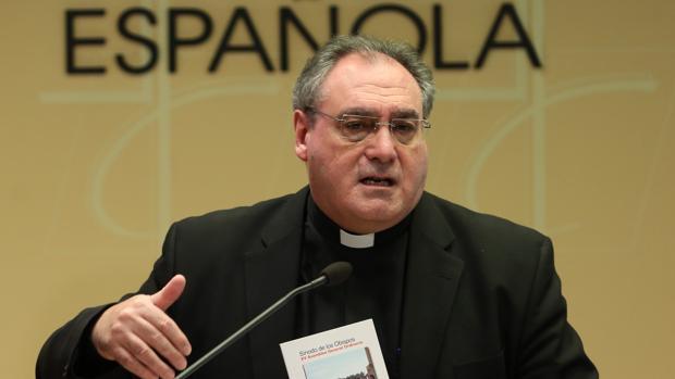 El secretario general de la CEE, José María Gil Tamayo