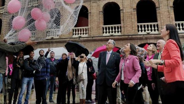 Actividad del Día Mundial contra el Cáncer en Valencia