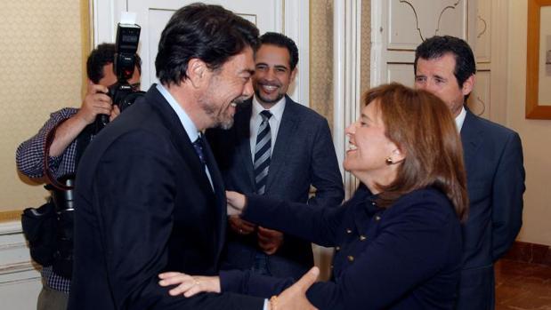 Barcala y Bonig se saludan este viernes en Alicante